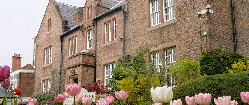 Chester Üniversitesi eğitim ve yaşam olanakları