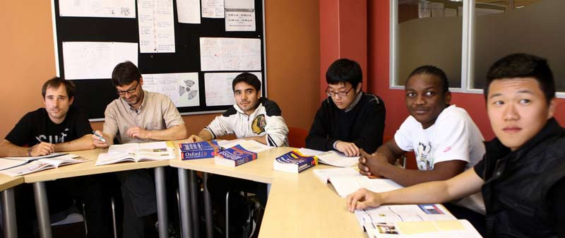 Güney Afrika da dil Eğitimi