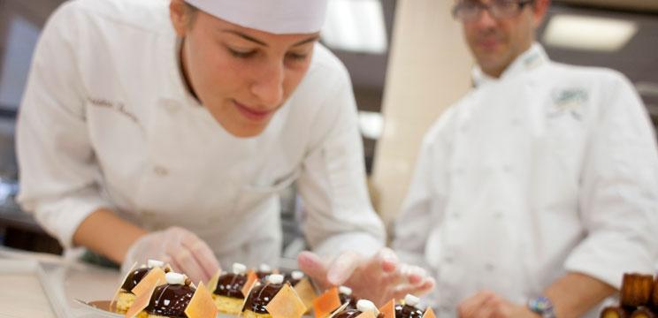 Yurtdışında Profesyonel Şeflik ve Mutfak Sanatları Eğitimleri